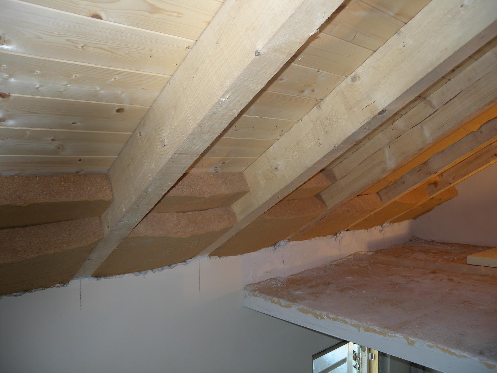 Blog steacom s r l isolare e proteggere la casa dal caldo - Isolare il tetto dall interno ...